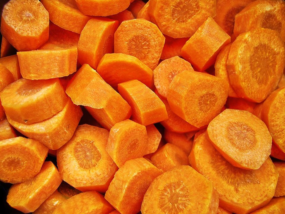 Koolhydraatarme preisoep met wortel