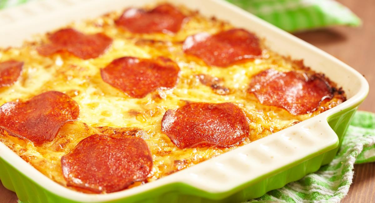 koolhydraatarme pizza uit de oven